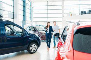 Пять секретов покупки в автосалонах